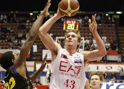 Eurolega basket, Olimpia Milano super: Laboral battuto 83-76