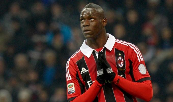 Calciomercato: L'Arsenal si tira indietro, Balotelli resta al Milan?