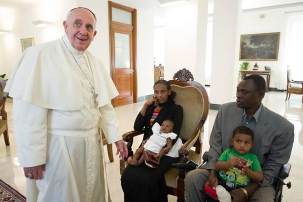 Dal Sudan a Roma: Meriam Ibrahim incontra Papa Francesco a S. Marta