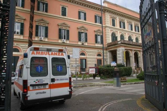 Roma, ospedale Umberto I: scoppiato incendio, sconosciute le cause