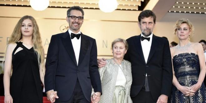 Cannes, dieci minuti di applausi per il film di Moretti